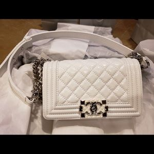 6c46d10c8e2a4 CHANEL Bags - White Patent leather Small Chanel Boy